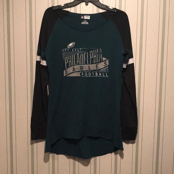 a2bdd5b7 Women's Philadelphia Eagles shirt